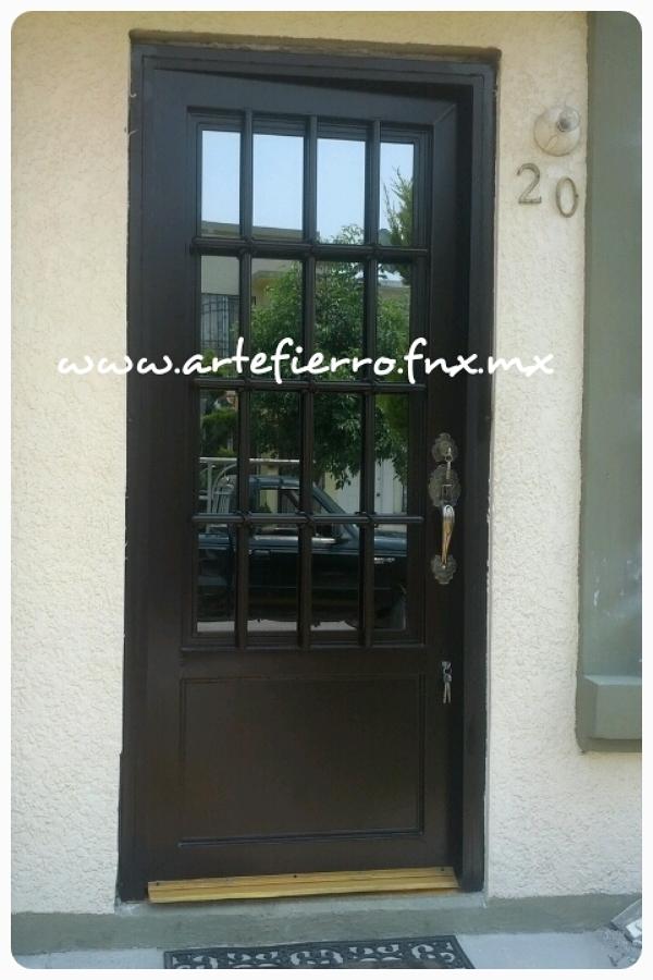 Foto puerta principal de arte fierro herrer a for Puertas principales de herreria elegantes