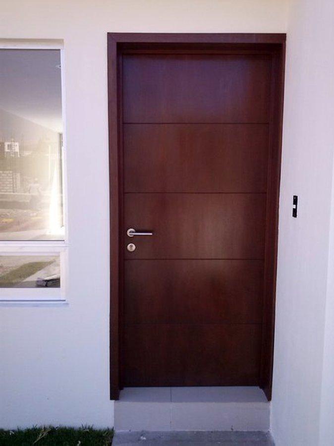 Foto puertas de todo en madera san martin 26751 for Puertas minimalistas exterior