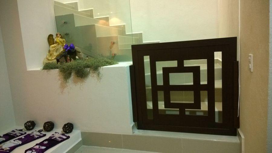 Foto protecci n de acceso a escaleras para ni os de casa 123 162004 habitissimo - Proteccion escaleras para ninos ...