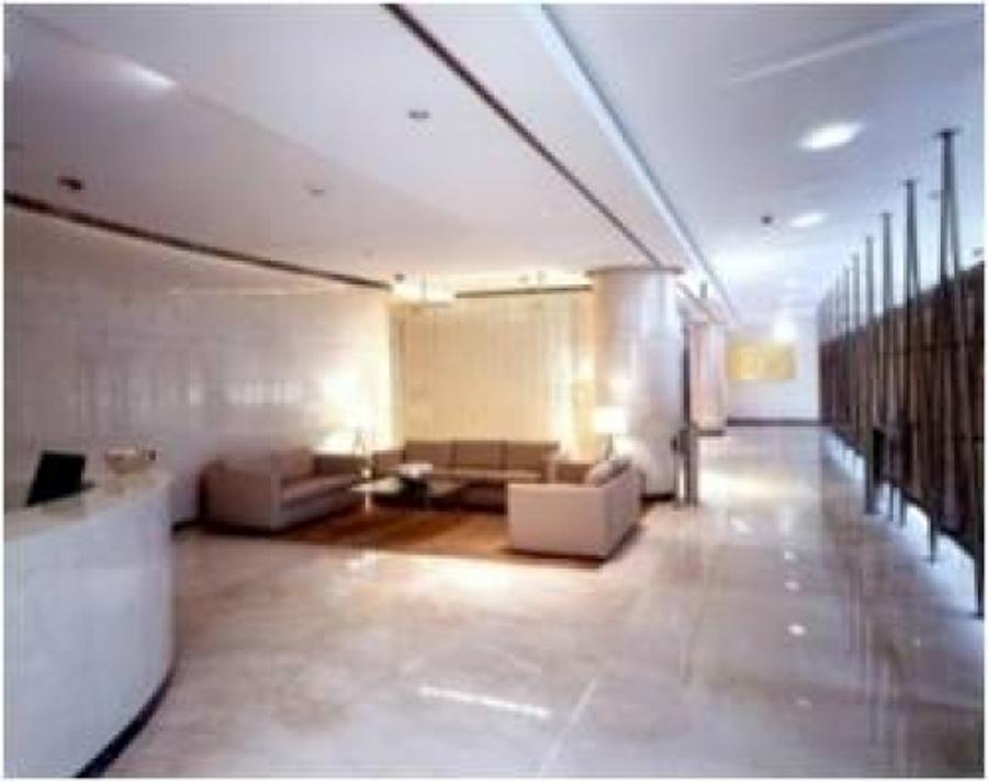 Remodelación de lobby oficinas corporativas