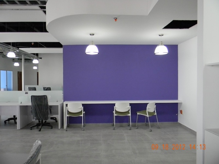 Foto remodelacion oficinas lexia insurgentes de gugarso for Remodelacion oficinas