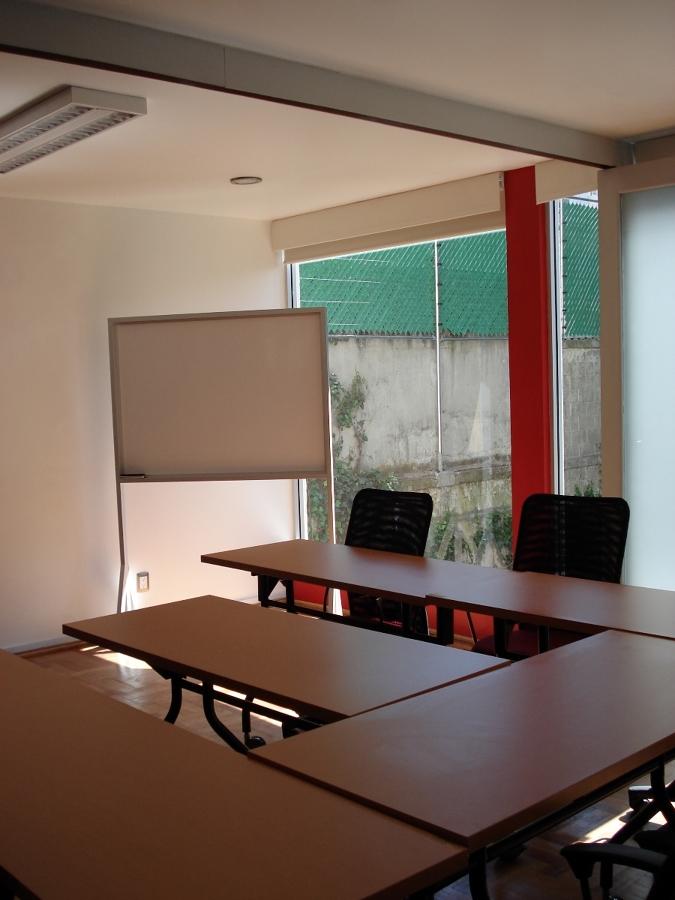 Foto remodelacion oficinas mindray de gugarso arquitectos for Remodelacion oficinas