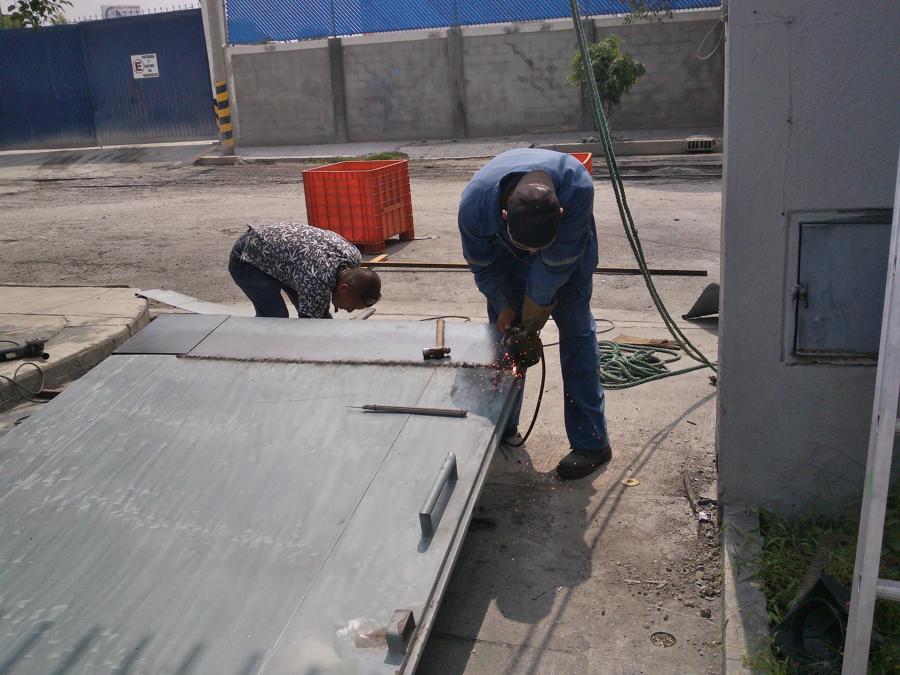 Reparación de Portón principal