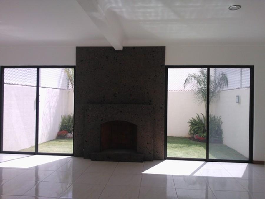 Foto sala con chimenea de construcciones inmobiliarias - De salas inmobiliaria ...