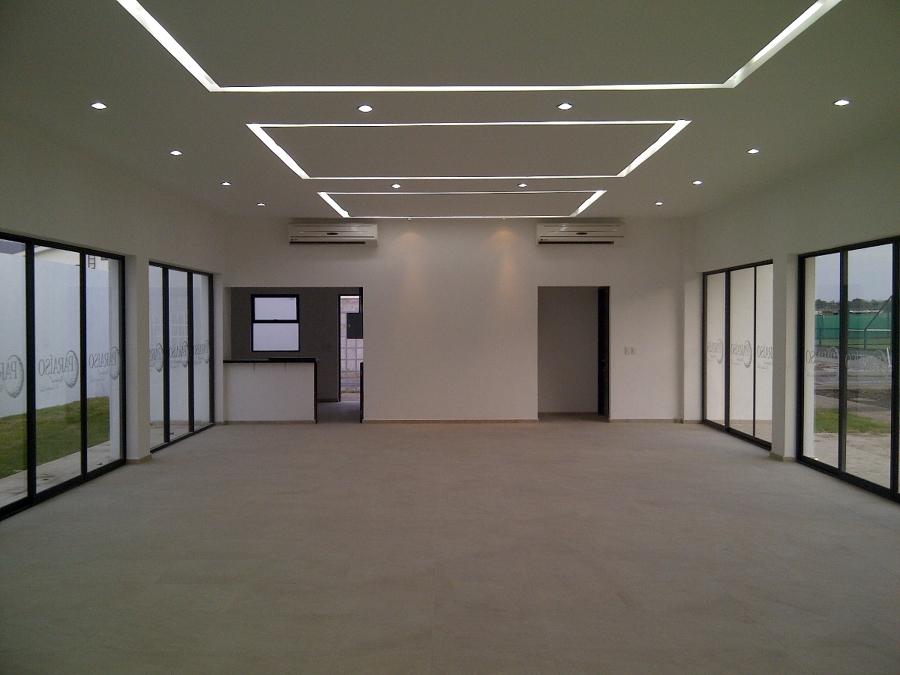 Foto salon de usos multiples de soluciones cvm acabados for Salon de usos multiples programa arquitectonico