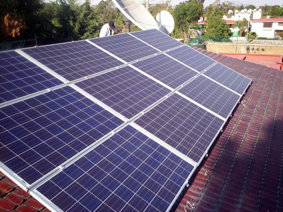 Sistema fotovoltaico de 3.06 Kwp