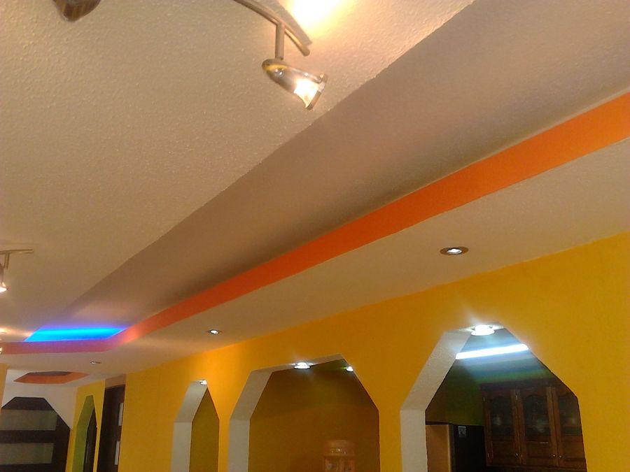 Foto tablaroca luz indirecta de inovva maz for Plafones luz pared