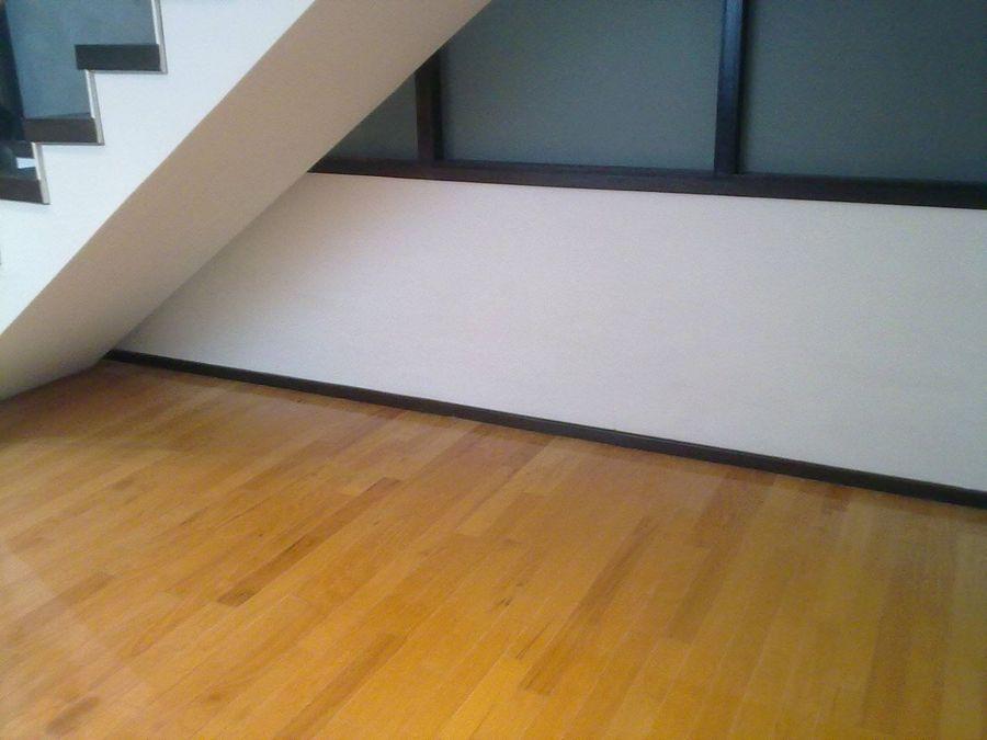 zoclo-rampa-de-escalera-y-piso-de-ingenieria_51021.jpg