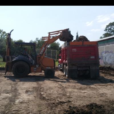 carga y acarreo de escombro y tierra vegetal