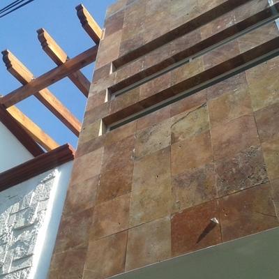Fachadas, Forrado en Piedra Natural, Vigas de Madera