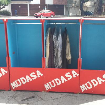 Mini roperos para trasladar su ropa
