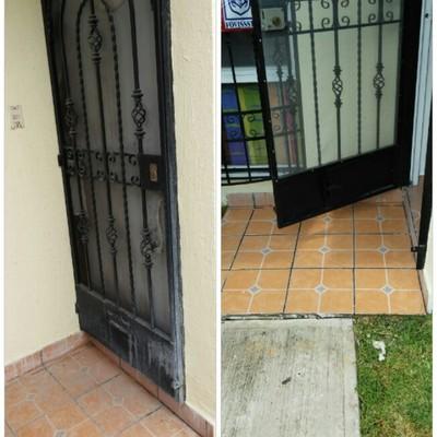 Mantenimiento a herreria y limpieza de piso