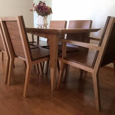Conjunto de comedor para 6per en madera maciza de encino y tzalam