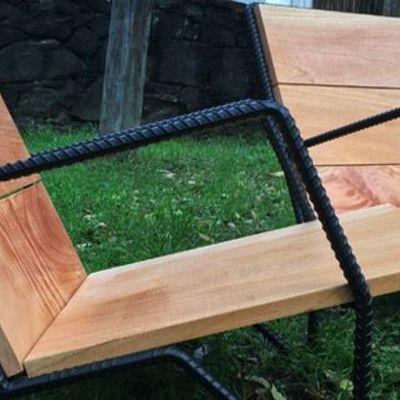 Silla de colección en varilla de 1/2 y madera maciza de pino