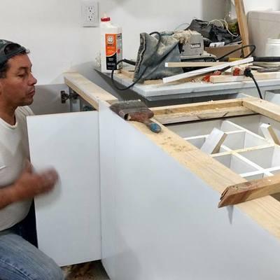 Trabajos de carpintería para cocina en departamento