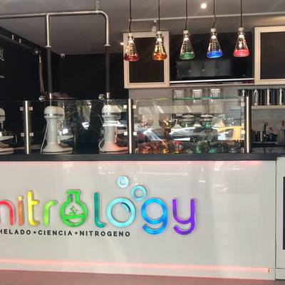 vista mostrador heladería Nitrology, febrero 2017
