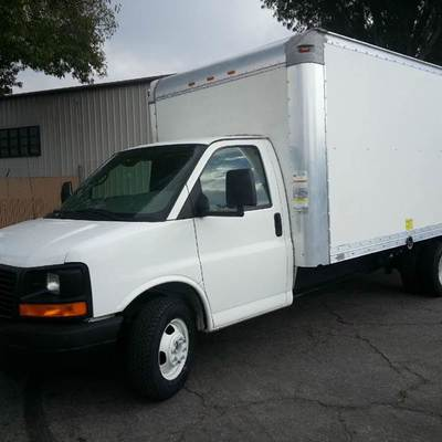 Camión de 3.5 t Gmc caja seca