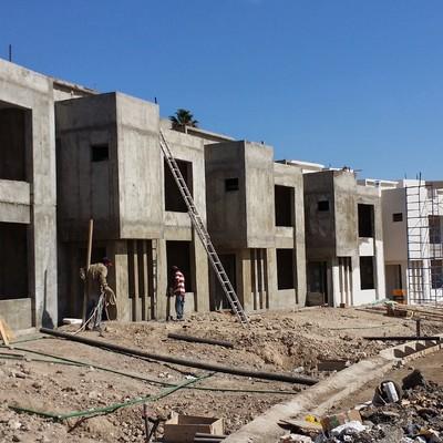 Construccion de casas en serie.