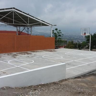 CONSTRUCCION DE CANCHA DE USOS MULTIPLES