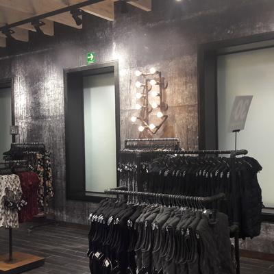 Remodelacion de Tienda EL PERRO , Centro , Monterrey , N.L.