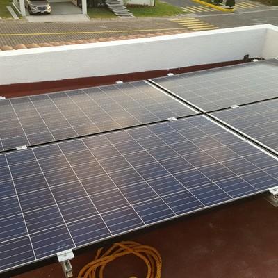 Instalación de 4 paneles fotovoltaicos