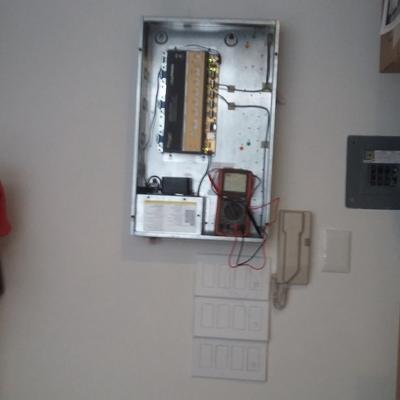 Mantenimiento Correctivo de control de iluminacíon.