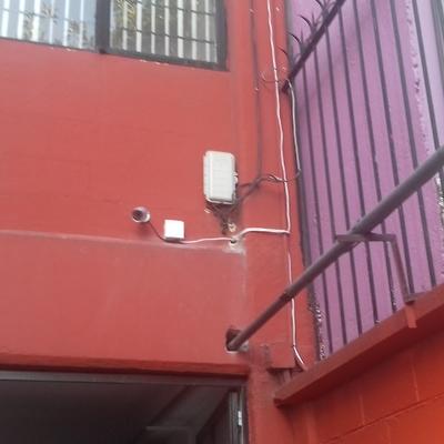 instalación de 8 cámaras en negocio de offset portales