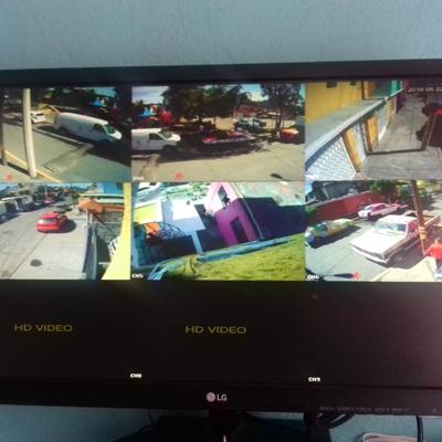 Instalación de 6 Camaras , 3 de ellas a 100 metros  en Casa
