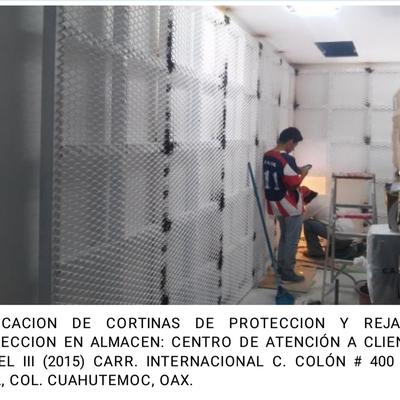 Cortinas de Proteccion Centro de Atención a Clientes Telcel