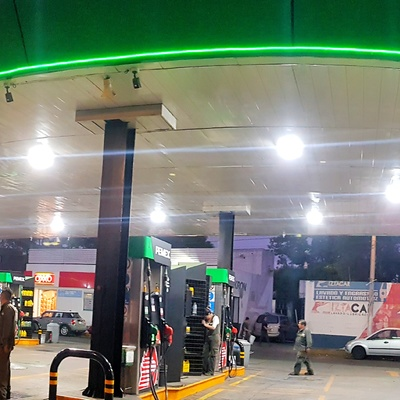 Proyecto en Gasolinera 4k Hikvision