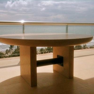 Mesa de marmól