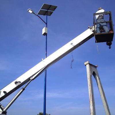 instalación de alumbrado público solar