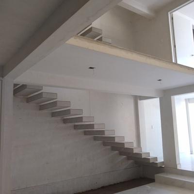 Escaleras en Casa-Habitación