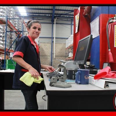 Personal de Limpieza para Oficinas o Comercios.