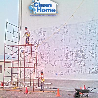 Trabajo de pintura de altura