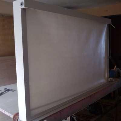 Estructura con persiana para TV