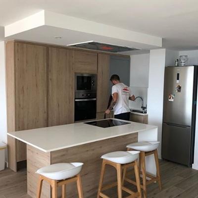 Área de cocina con isla