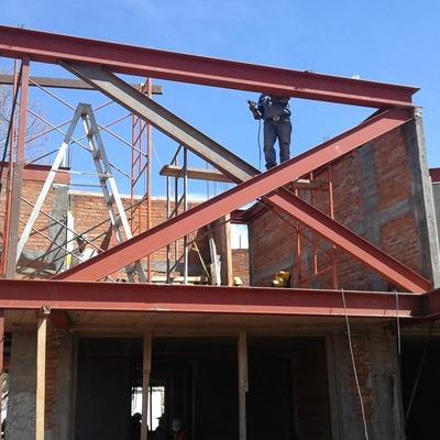 Construcción de residencia modelaje y ejecución