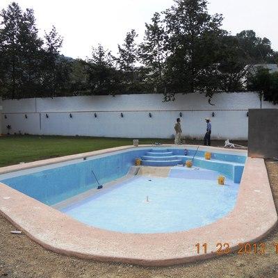 Alberca Cañadas.