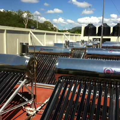 Sistema Fotovoltaico compuesto por 12 x 240 Litros - Mezcala, Guerrero