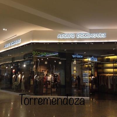 Local comercial con cristal templado