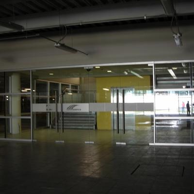 Cancelerìa interior y Puertas Automatizadas