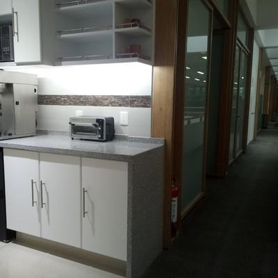 Cocina de servicio para oficinas