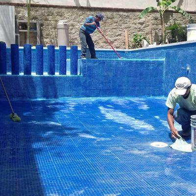 Acabados en Alberca en Zona Residencial de Cancún