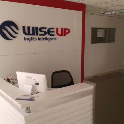 Diseño y Construcción de escuela de ingles Wise-Up Ciudad Satelite