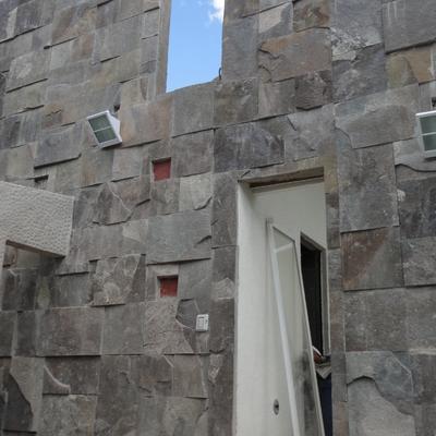 Muro húmedo desde terraza