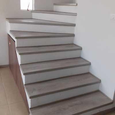 Escaleras con madera