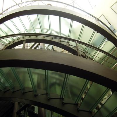 Escaleras en Plaza del Domo en Prado Norte