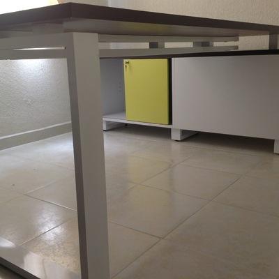 escritorio con credencia de 1.80 x 0.80, 0.40 x 1.60