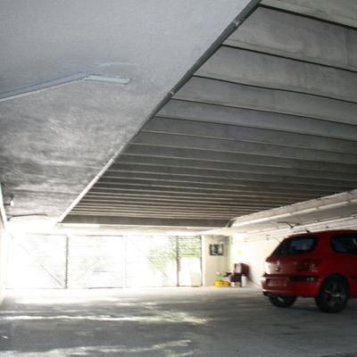 Estacionamiento Academia de Bailes , Las Aguilas